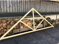 Brand new roof truss 410cm x160cm high