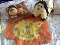 Jungle theme lion rug, lion puppet cushion and bee cushion