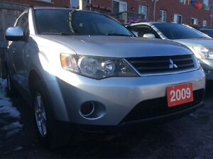 2009 Mitsubishi Outlander XLS 4WD 7 Passenger All Power Options