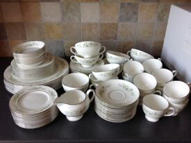 Wedgewood Caroline crockery.