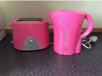 Swan pink kettle and toaster set