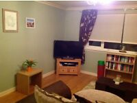 2 BED FLAT, BIG ROOMS, GREAT LOCATION - QUICK SALE NEEDED