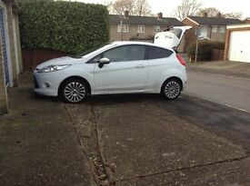 Ford Fiesta Titanium 1.4. Excellent condition, MOT till August.