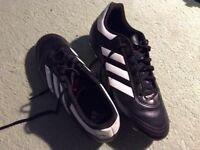 Football boots size 8 immaculate