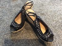 Ladies Wedge Shoes Size 6
