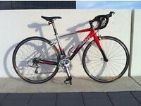 Giant Defy 2 Full Shimano Tiagra Almost new, serviced, cleaned, maintained, barely used RRP 825