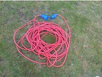 Caravan 25m mains hook up cable