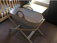 Moba Moses Basket & 2 stands