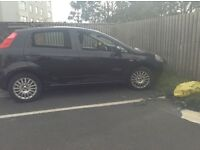 Black fiat punto 09 plate taxed mot 7mnth old 4 broke windows