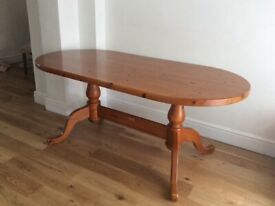 Solid Pine oval dinning table