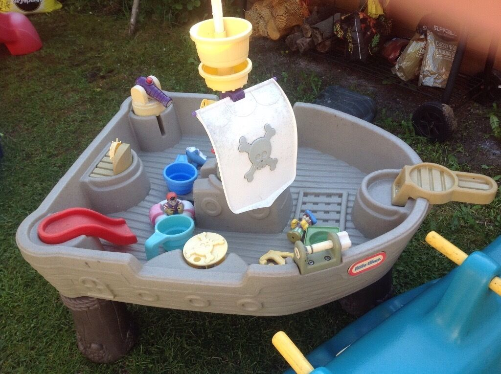 Little tikes outdoor toys slide pirate ship water play for Little tikes outdoor playset