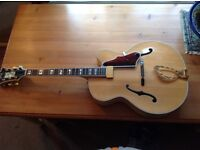 1995 Guild artist award archtop jazz guitar mint condition with case