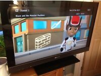 """Quality Sony Bravia 32"""" full HD digital Freeview TV, immaculate condition."""