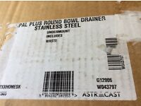 Astra Cast round drainer brand new