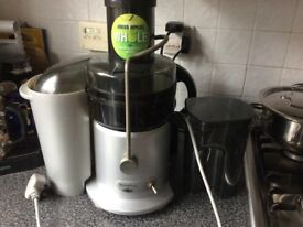 Great looking fully working juicer quick sale