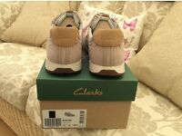 Clarkes canvas men's summer shoes