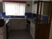 Spacious 2 bedroom house close to city centre S4