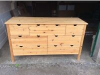 chest of drawers / storage unit