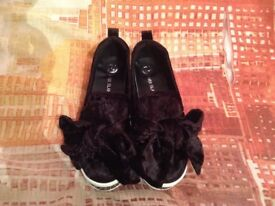 River Island Black Bow and Sparkly Junior Size 2 Shoes