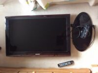 40 inch TV - Samsung LE 40A656A1F ---- Used but in good condition ---- With remote and stand