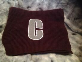 Scarf with letter c