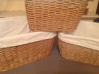Decorative wicker storage basket set with fabric liners