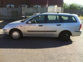 2002 1.6 Ford Focus Estate SPARES OR REPAIR RUNS DRIVES MOT £250 ONO