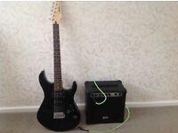 Guitar Yamaha Black EGR 121C & QTX Amp