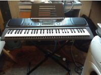 Casio key boar with stand,£70.00