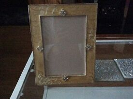 Picture frame ❌❌❌ half marked price till 12/06/17