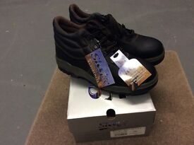 Brand New black safety boots, size 9