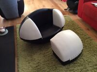 Kids rugby ball chair
