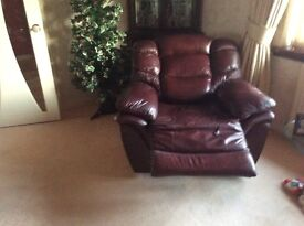 3piece leather suite.3years old.Excellent condition.