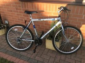 Men's Emmelle Trekker 18 gear bike for sale.