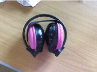 Child's pink headphones wireless