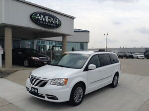 2016 Chrysler Town & Country LEATHER / NO PAYMENTS FOR 6 MONTHS