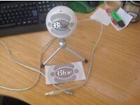 Snowball Ice Microphone (Very good conditon)
