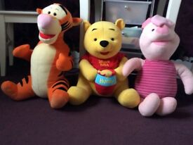 Pooh bear tigger & piglet