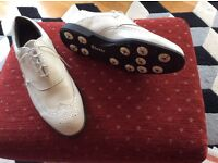 Etonic Dri-tech Men's golf shoes. Size 11.5 M(USA) White like new.