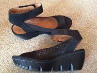 CLARKS Artisan Clarene Prima Black Nubuck Sandal