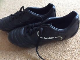 Childrens Sondico football boots size 2