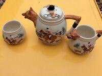 1940s teapot milk and sugar set collectible Fox hunting scene
