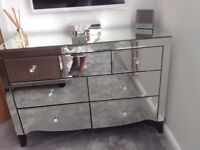Mirrored Chest off drawers Excellent Condition h