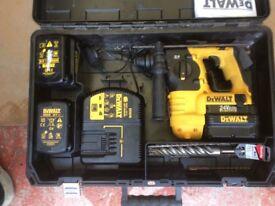Dewalt cordless drill almost new 2 batteries bargain