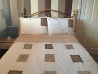 ***DOUBLE AND SINGLE BEDDING AND CURTAINS ***