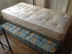Single Bed with further pull out mattress