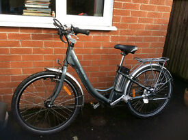 Ladies Electric Whisper 705se Bicycle - excellent condition