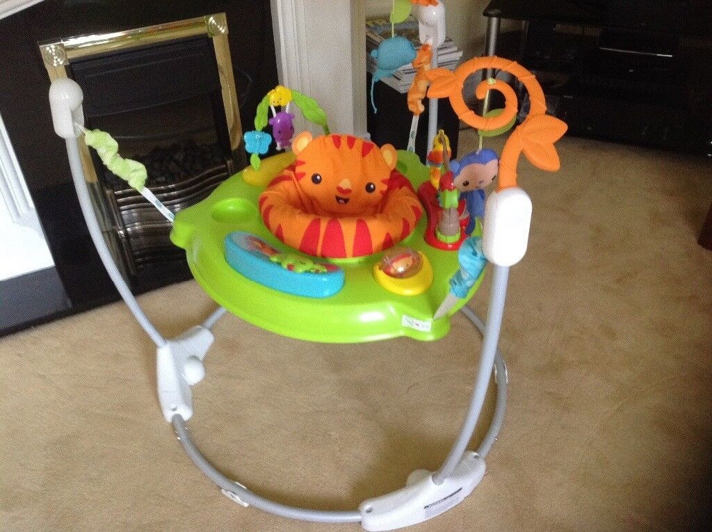 Fisher Price Roaring Rainforest Jumperoo - boxed