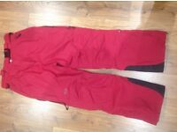 TRESSPASS EXTENCE WOMENS SKI SALOPETTES WINTER TROUSERS, RED COLOUR, SIZE LARGE, VERY GOOD CONDITION