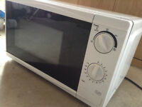 Microwave Oven - Full working order